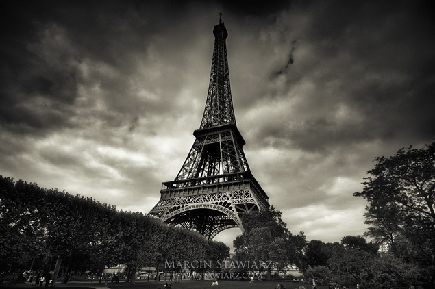 Eiffel_Tower__by_angelreich_resize